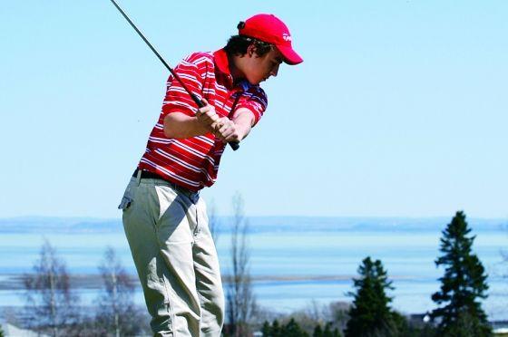 Club de Golf Murray Bay situé sur le chemin du Golf à La Malbaie, QC.