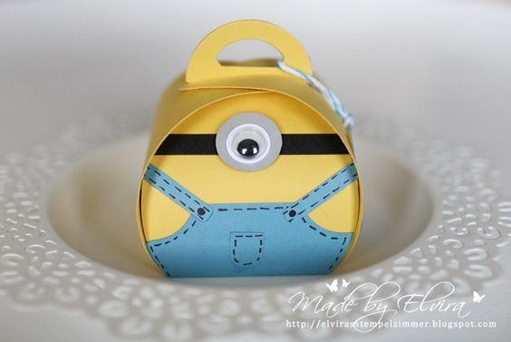 Ein kleines, gelb-blaues Ding