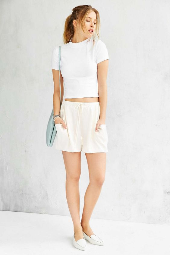 Truly Madly Deeply Vanessa Mock-Neck Top - Urban Outfitters