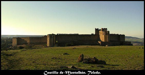 Castillo de Montalbán, Toledo, Castilla-La Mancha by Lara Lozano, via Flickr