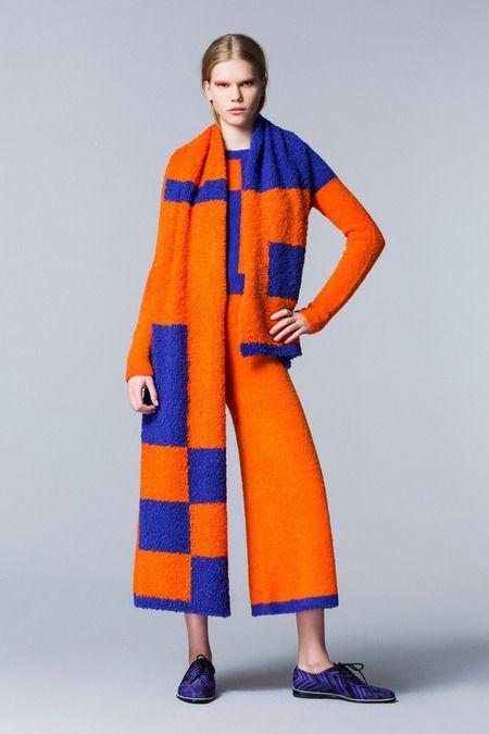 Roksanda Ilincic Pre-Fall 2014, oversize scarf, wide leg pants