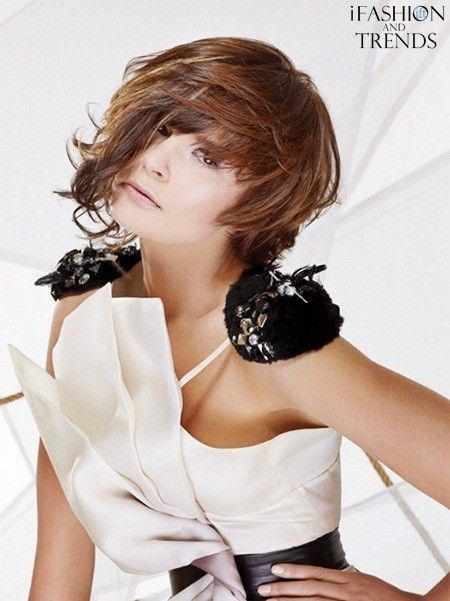 Gorgeous and Sexy Medium Choppy Layered Hairstyles for Fall ~ i Fashion and Trends: Hair Short Bobs, Medium Layered Hairstyles, Choppy Layered, Layered Haircuts, Short Hairstyles, Nails Hairstyles, Haircut Medium, Hairstyle For Women, Hairstyles 2012