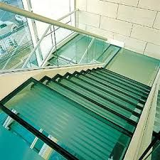 Resultado de imagem para cobertura com estrutura de ferro com vidro