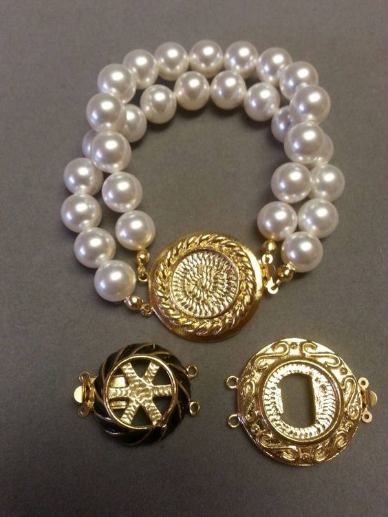 Custom Swarovski Pearl Button Bracelet by ArmCandyDesignsbyZ
