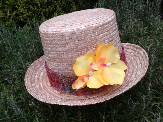 Sombrero estilo Bombín fmagriff flor amarilla