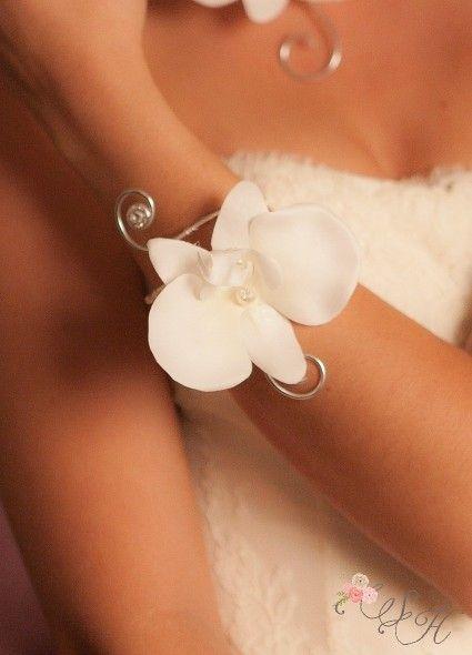 """Bracelet mariage """"Orchidée"""" avec orchidée au coeur de cristal"""