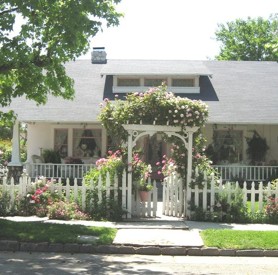 Arbors Front Yards And Cottages On Pinterest