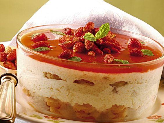 dolce-soffice-con-yogurt-ricotta-e-fragoline-di-bosco preparazione