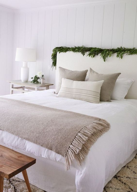 crushing on this neutral bedding