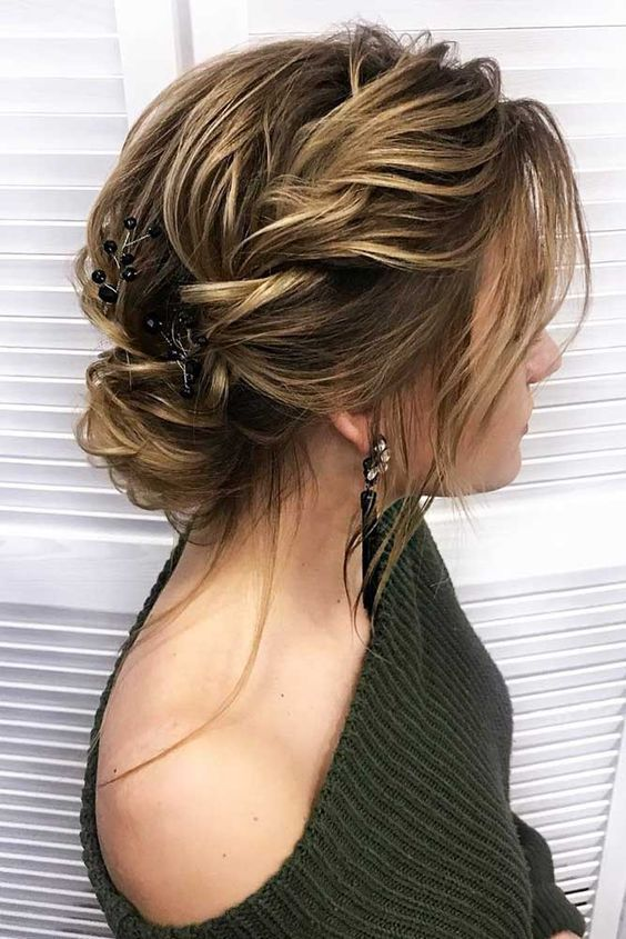Cute Medium Hairstyles With Bangs For Women That Are Simply