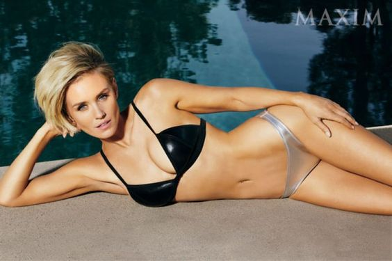 Nicky+Whelan+short+side-swept+hairstyle