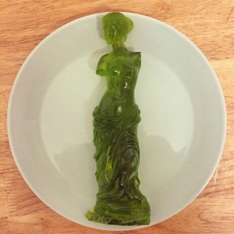 letmanlive:  Gummy Venus de Milo
