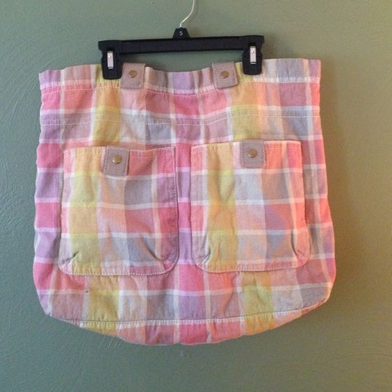 Large Tote Really nice plaid tote. Very colorful and springy - I'm packing up and selling out my spring/summer items all week while moving! Holds everything - literally lol!!! Get it while it's hot!  Mossimo Supply Co Bags Totes