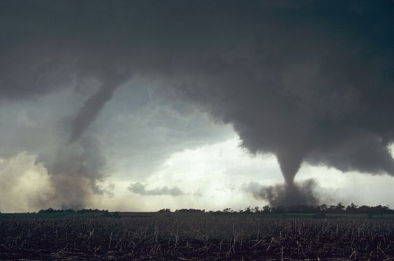 Twin Tornadoes, Nebraska