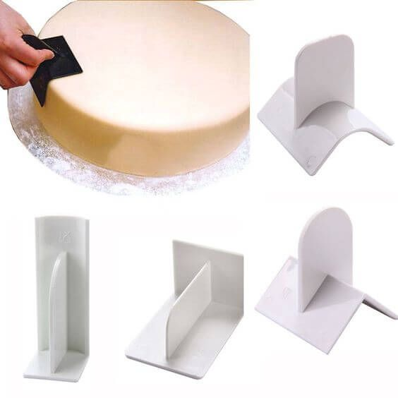 50 Best Cake Decorating Tools Equipment And Supplies For Pro Decorators Cake Decorating Equipment Cake Decorating Tools Smooth Cake