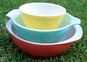 Pyrex Love--- Your guide to vintage Pyrex