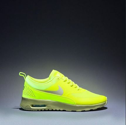 air max thea neon