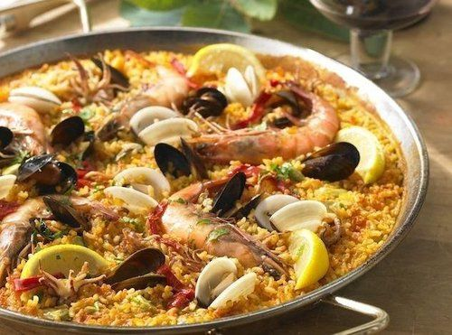 Is there such a thing as perfect paella? Try this recipe for a delicious seafood paella!