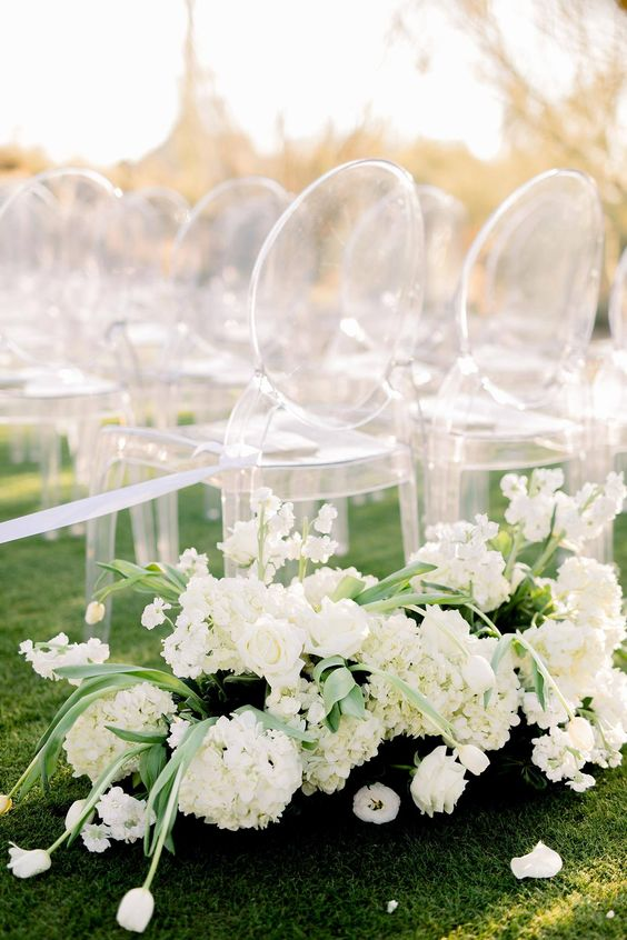 Astonishing Chair Decor to Beautifully Style up Your Wedding, 27f62ad109f8630311b1458637461a69