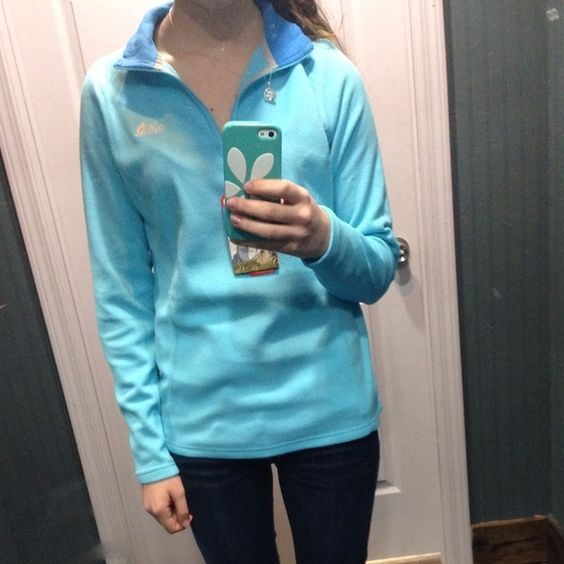 Blue north face fleece pullover Light blue with a darker shade around the collar. Basically brand new. Only worn once or twice. Very comfy. Easy to dress up or dress down. No stains or rips  cheaper on Ⓜ️ercari North Face Tops