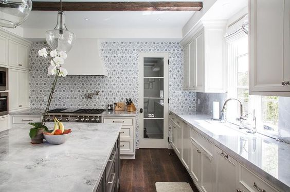 Best Ivory And Gray Kitchen Features Ivory Shaker Cabinets 400 x 300