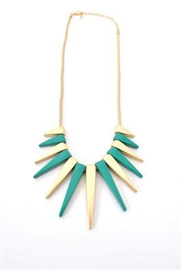 a little pop of color would look awesome with a winterwhite outfit!