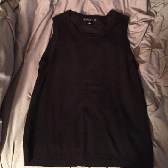 Sweater vest Black sweater vest like brand new no flaws august silk Sweaters V-Necks