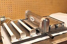 ACCUCUT DIE CUTTING MACHINE MARK IV SCRAPBOOKING ROLLER like Ellison with tray!