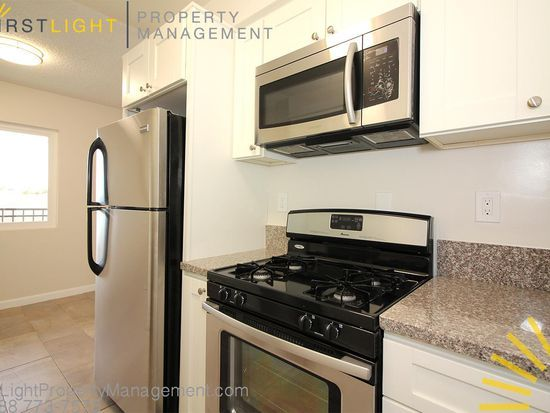 1754 Pine Ave Long Beach Ca 90813 Zillow Apartments For Rent Zillow Rent