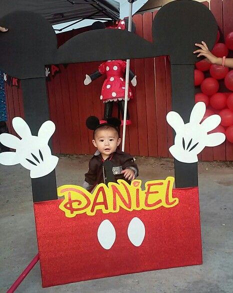 Mickey Mouse Photo Booth My Work Pinterest Maya