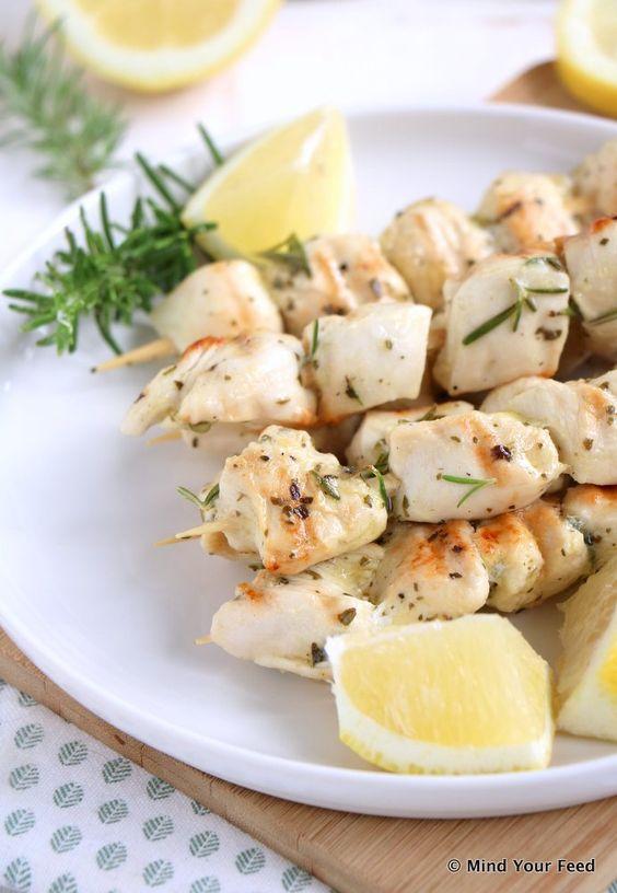 Italiaanse kip spiesjes met citroen - Mind Your Feed