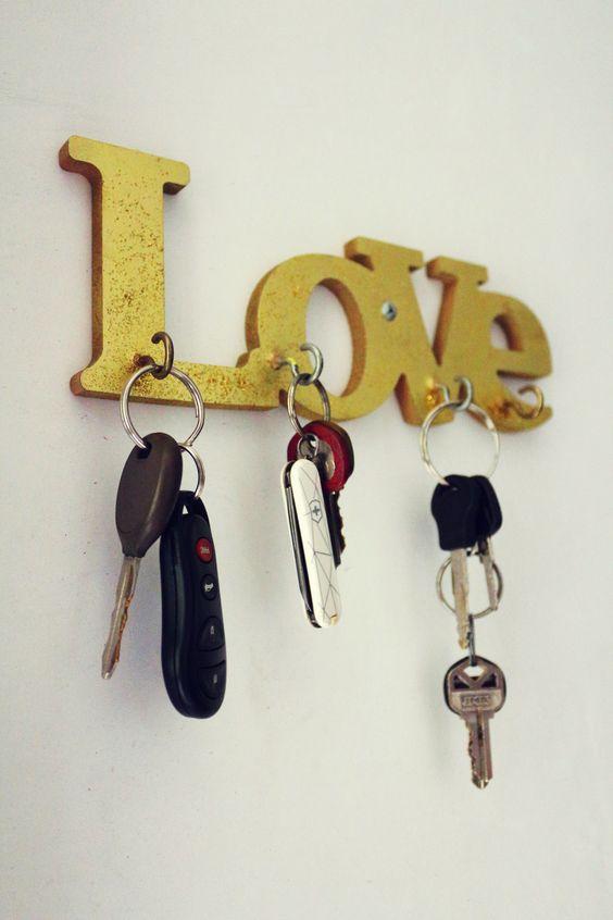 Porta llaves d y s t u t o r i a l e s pinterest for Como hacer percheros de madera de pared