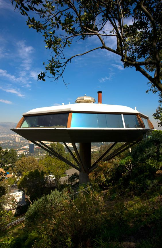 Chemosphere, John Lautner - Mid-Century Modern Landmark, private home of the book publisher Benedikt Taschen