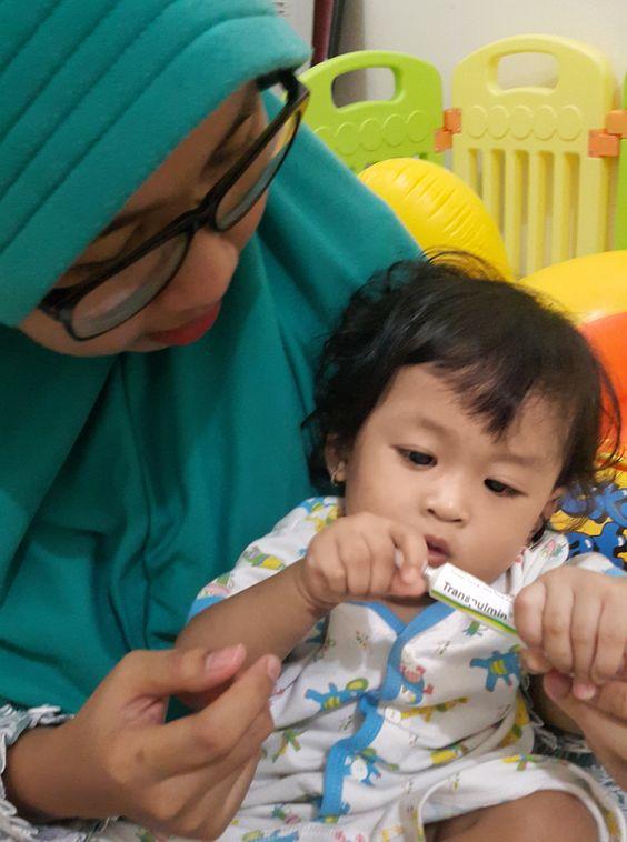 bayi: Obat Batuk Flu Untuk Bayi 1 Bulan