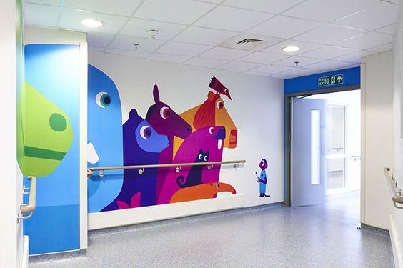 15 καλλιτέχνες δημιουργούν στο πιο φιλικό Νοσοκομείο Παίδων του Λονδίνου [photos] - Superdad