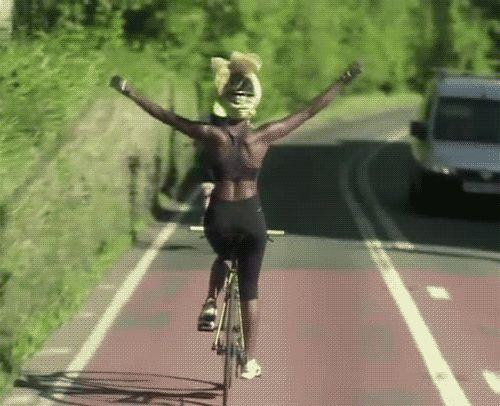 athleticsistas:  Shingai Shoniwa, lead singer of The Noisettes