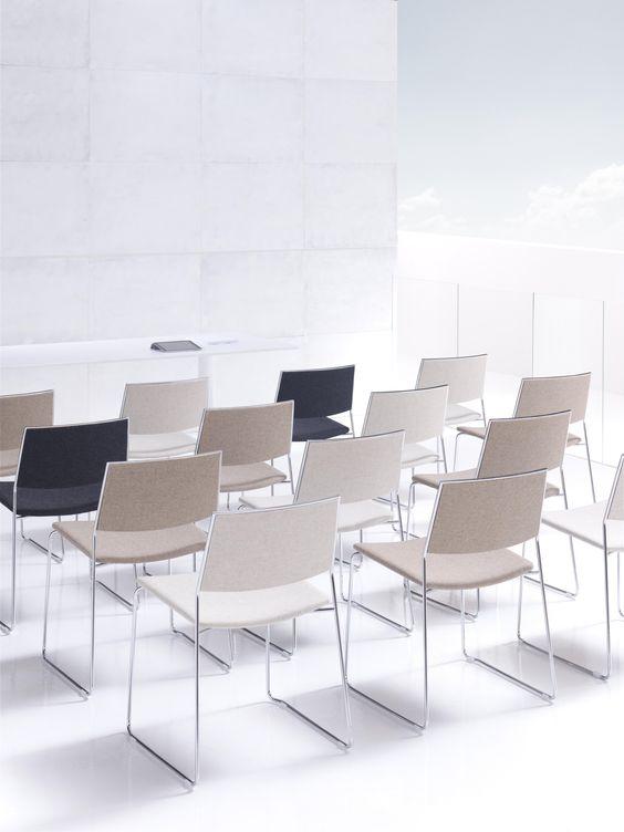 Havic Kantoormeubelen - Yam stoel - vergadering - meetig - projectinrichting - vergaderruimte - kantoormeubelen