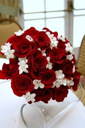 Red and White Party Decorations | Red & White Wedding Bouquet ...
