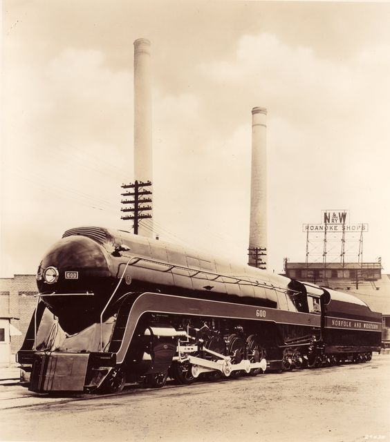 Builder's Photo of Norfolk & Western Class 'J' number 600 ...