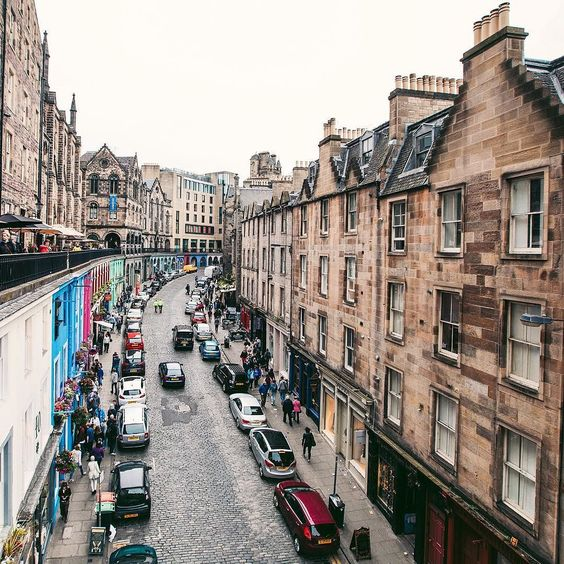 Original Diagon Alley from Harry Potter / Настоящий Косой переулок из Гарри Поттера #diagonalley #harrypotter #edinburgh #thisisedinburgh #archilovers #architecture #street #architecturephotography #architectureporn #scotland by gn0me