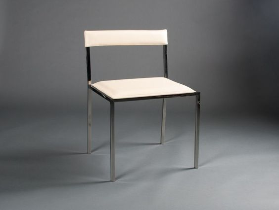 chaise moderne: chaise moderne piètement chromé tissu blanc