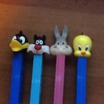 Pez dispenser lot of 4 looney toons bugs bunny
