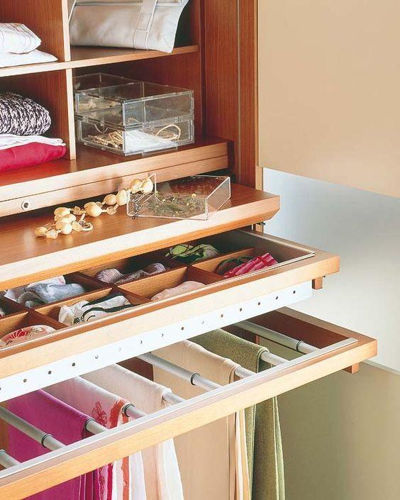 C mo organizar el interior de un armario pants and interiors - Ideas para organizar el armario ...