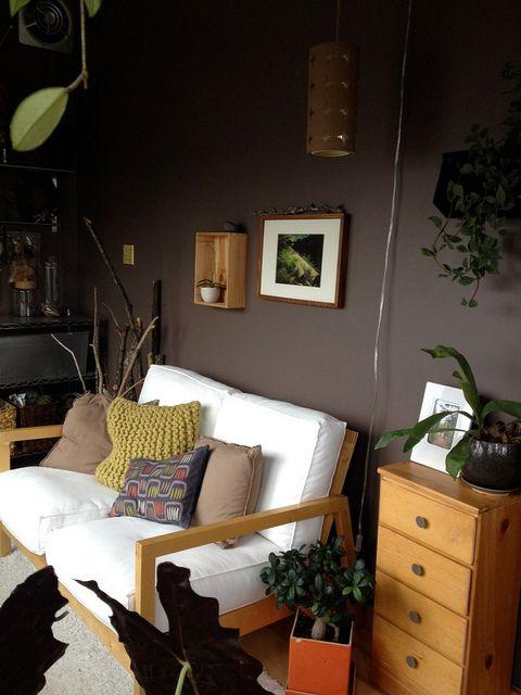 Sunroom craft studio farrow ball london clay brown for Where to buy farrow ball paint