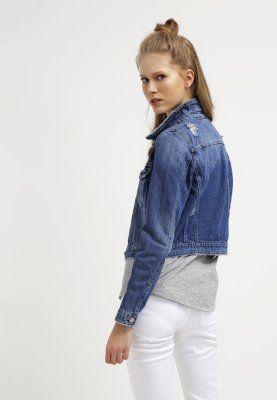 Coole #Jacke aus #Denim mit Kragen. #ootd #jeans #denimlook