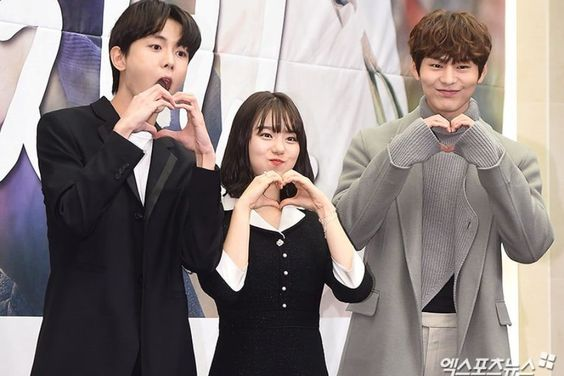 """Kim So Hye Shares Pros And Cons Of Working With Her Co-Stars On """"The Best Chicken"""""""