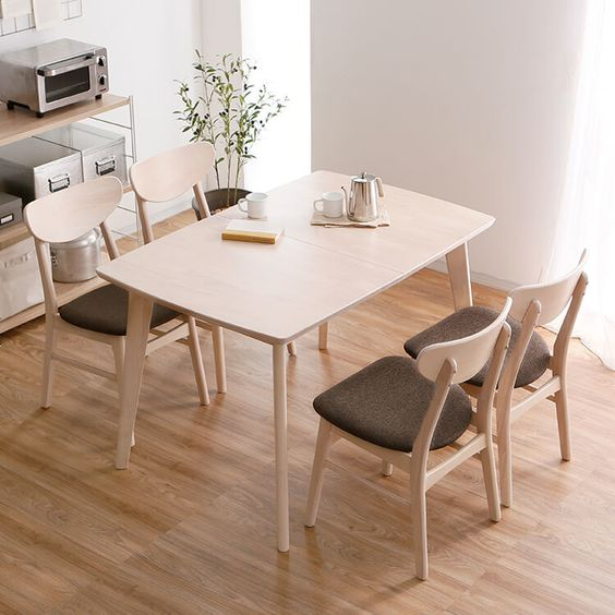ニトリ・IKEA・ロウヤの伸縮式ダイニングテーブルおすすめ12選
