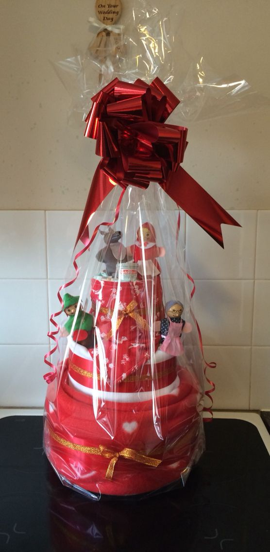 Red riding hood nappy cake!!