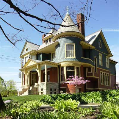 The owners of this home, restored the exterior to its 1894 appearance, and also created an authentic landscape that is appropriate to the period and architecture::