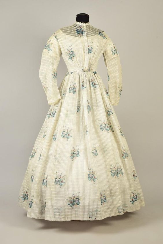 COTTON DRESS with STRAWBERRY PRINT, 1863